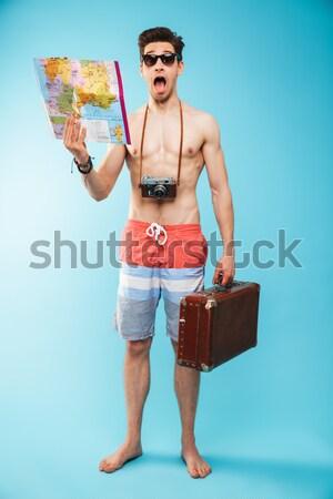 Foto stock: Retrato · excitado · jóvenes · sin · camisa · hombre