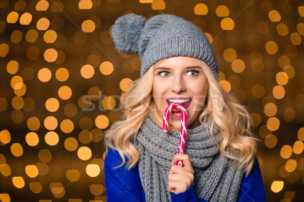 Gelukkig vrouw eten snoep riet vakantie Stockfoto © deandrobot