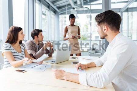 グループ 創造的な人々 プロジェクト 一緒に 会議室 ストックフォト © deandrobot