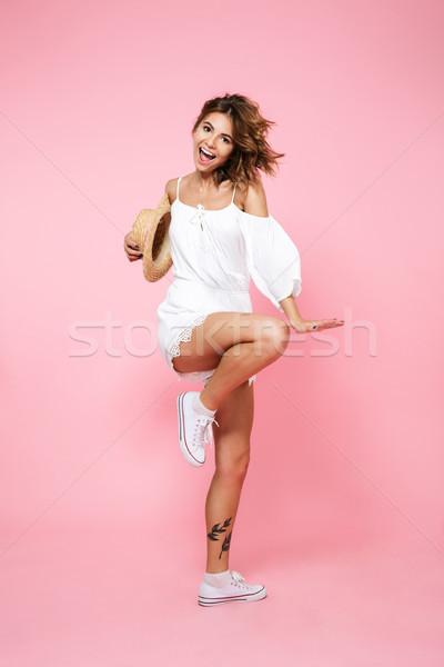 Tam uzunlukta portre güzel genç kız yaz elbise Stok fotoğraf © deandrobot