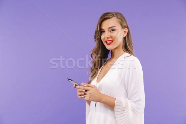 портрет улыбаясь белое платье Постоянный изолированный Сток-фото © deandrobot