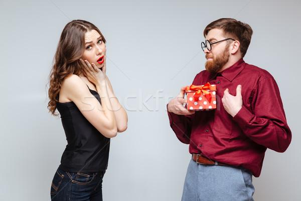 Férfi stréber ajándékok ajándék elégedetlen nő Stock fotó © deandrobot