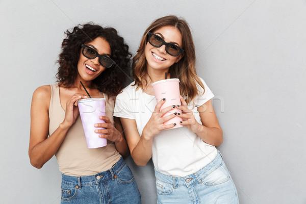 портрет два улыбаясь 3d очки Сток-фото © deandrobot