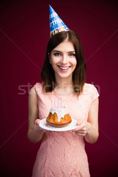 Stockfoto: Glimlachende · vrouw · cake · kaarsen · glimlachend · mooie · vrouw