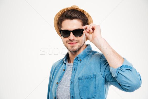 Stockfoto: Aantrekkelijk · jonge · man · hoed · zonnebril · witte