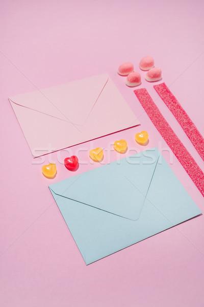 Deux coloré gelée bonbons rose papier Photo stock © deandrobot
