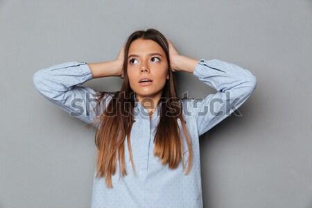 Stockfoto: Portret · jonge · geschokt · vrouw · handen