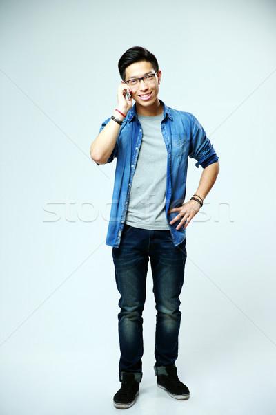 Stok fotoğraf: Tam · uzunlukta · portre · genç · Asya · adam · konuşma