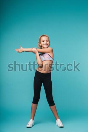 Portret wesoły dziewczyna strój kąpielowy stwarzające Zdjęcia stock © deandrobot
