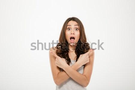 Stock fotó: Megrémült · barna · hajú · nő · mutat · néz · kamera