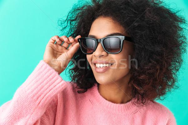画像 アメリカン 女性 20歳代 アフロ ヘアスタイル ストックフォト © deandrobot