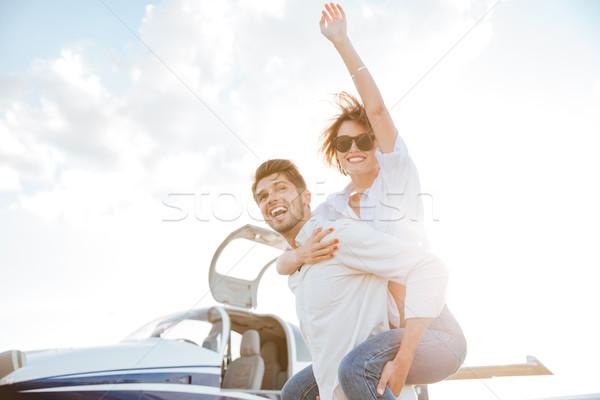 пару ВПП аэропорту счастливым Сток-фото © deandrobot