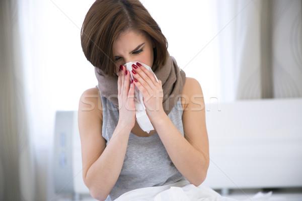 Malati donna influenza freddo tessuto salute Foto d'archivio © deandrobot