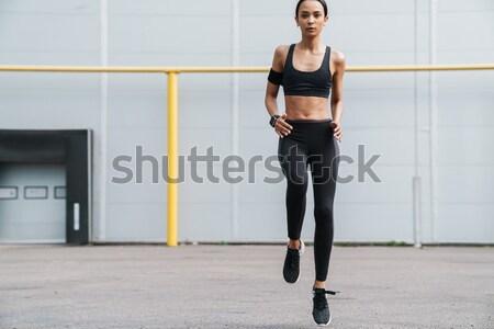 Gyönyörű fiatal nő edz bogrács labda tornaterem Stock fotó © deandrobot