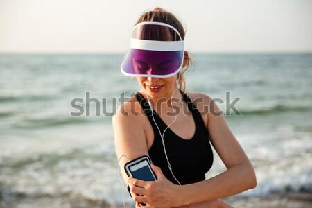Fiatal nő elvesz kép fantasztikus hegy tájkép Stock fotó © deandrobot