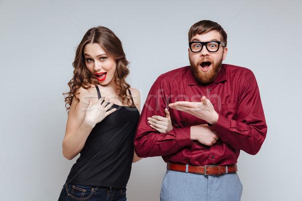 Funny Frau halten Hand schockiert männlich Stock foto © deandrobot