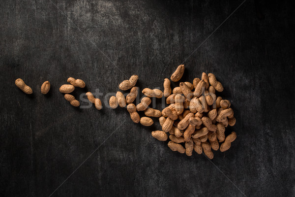 Secas amendoins escuro topo ver imagem Foto stock © deandrobot