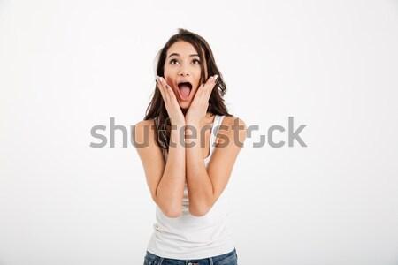 Portret geschokt meisje schreeuwen armen gezicht Stockfoto © deandrobot