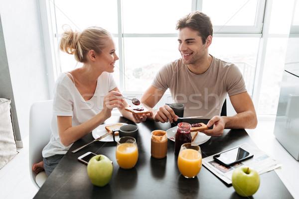 健康 愛好家 座って キッチン 食べ 朝食 ストックフォト © deandrobot