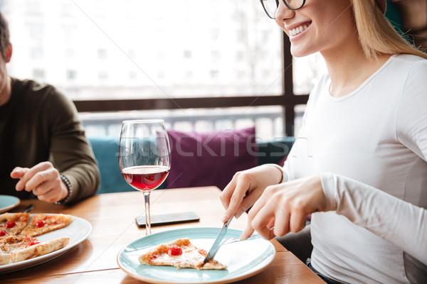 Stockfoto: Foto · jonge · vrienden · vergadering · cafe · eten