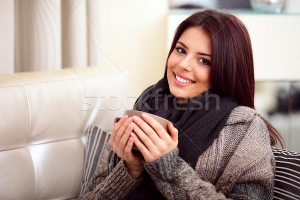Felice seduta divano accogliente Cup Foto d'archivio © deandrobot