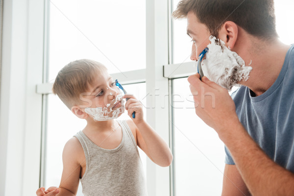 Apa fia fürdőszoba fotó fiatal boldog jelentkezik Stock fotó © deandrobot