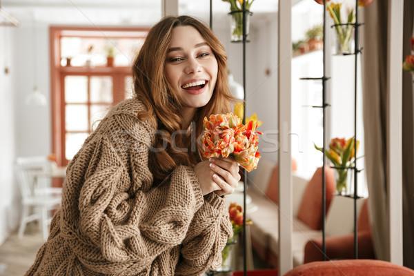 Fotoğraf kadın 20s örgü kazak Stok fotoğraf © deandrobot