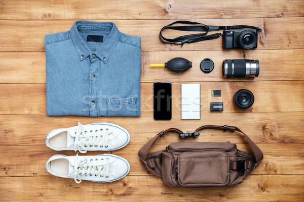 путешествия рубашку камеры сумку mp3 сапогах Сток-фото © deandrobot