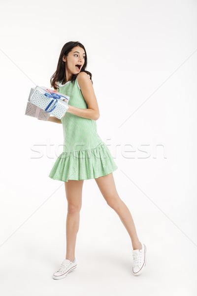 Portret uimit fată rochie Imagine de stoc © deandrobot
