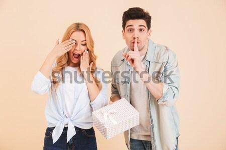 Afbeelding verwonderd vrouw geluk knap Stockfoto © deandrobot