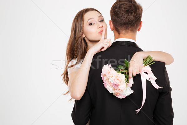 Yeni evliler silah buket çiçek sevmek gençlik Stok fotoğraf © deandrobot