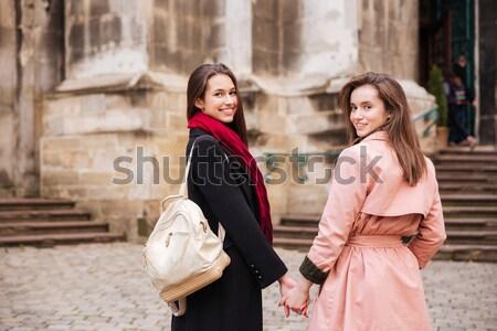 Imagen moda ninas calle ciudad modelo Foto stock © deandrobot