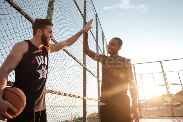 High five играет баскетбол площадка портрет два Сток-фото © deandrobot