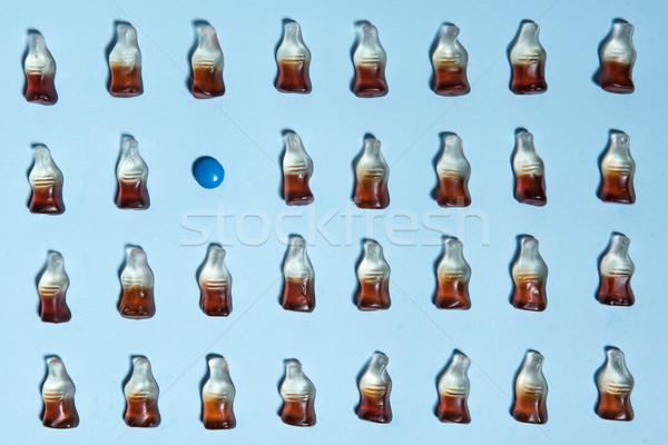 Topo ver quadro mastigar doce garrafa Foto stock © deandrobot