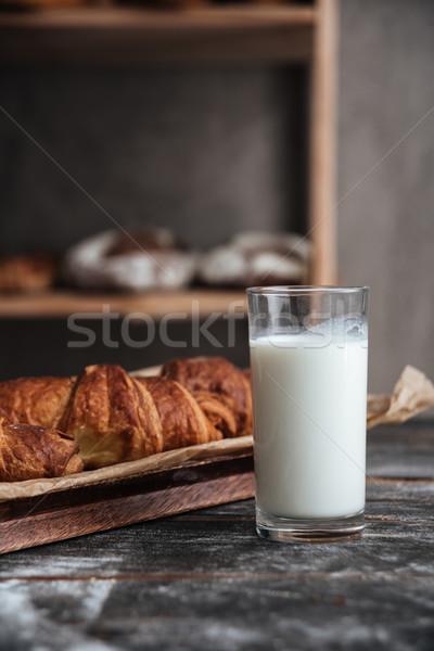 Ahşap masa süt fotoğraf karanlık fırın Stok fotoğraf © deandrobot