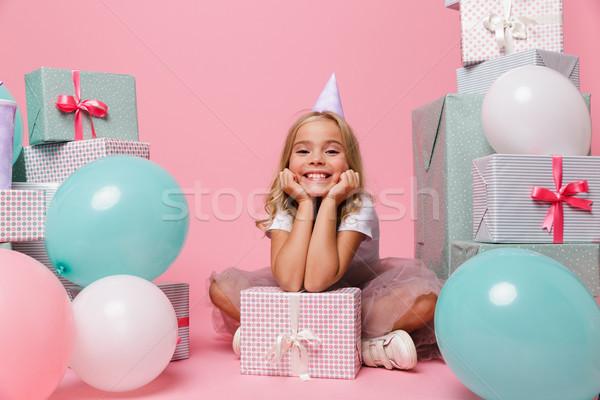 Zdjęcia stock: Portret · szczęśliwy · dziewczynka · urodziny · hat · dość