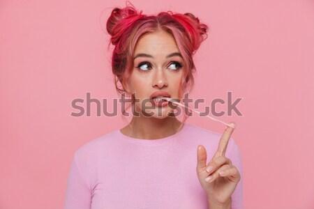 Stock fotó: Portré · boldog · izgatott · lány · tart · mobiltelefon
