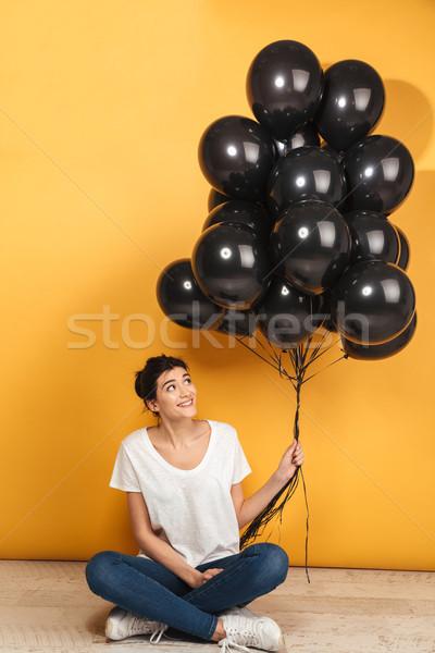 Portrait heureux jeune femme noir Photo stock © deandrobot