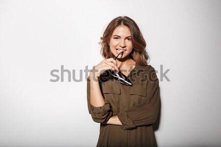 Stok fotoğraf: Portre · gülen · genç · kadın · sessizlik · jest
