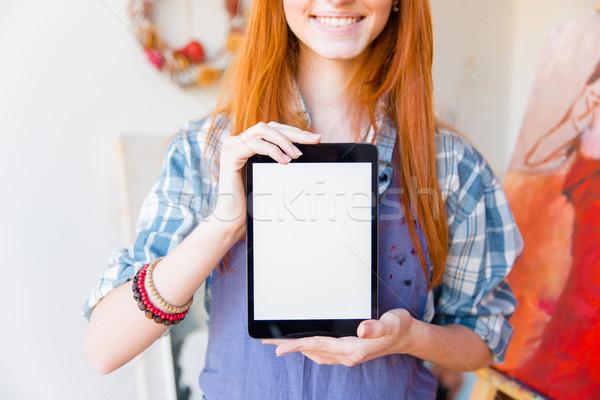 Uśmiechnięty pretty woman artysty ekranu Zdjęcia stock © deandrobot