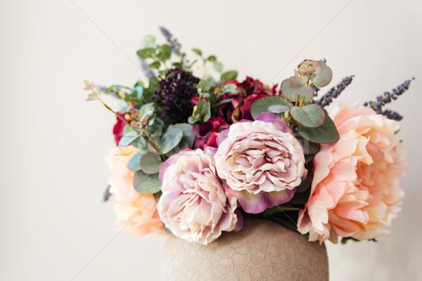 свежие красивой цветы ваза белый Сток-фото © deandrobot