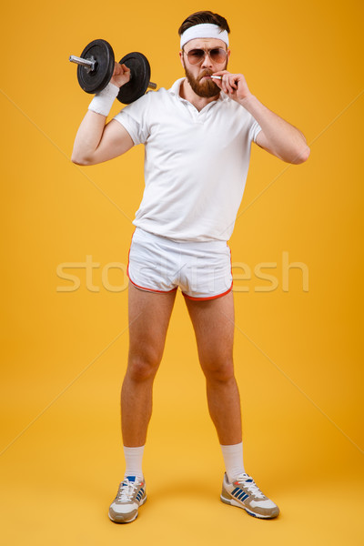 垂直 画像 喫煙 スポーツマン ダンベル サングラス ストックフォト © deandrobot
