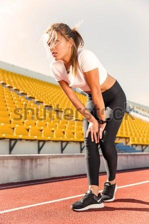 女性 実行 スタジアム 肖像 若い女性 ストックフォト © deandrobot