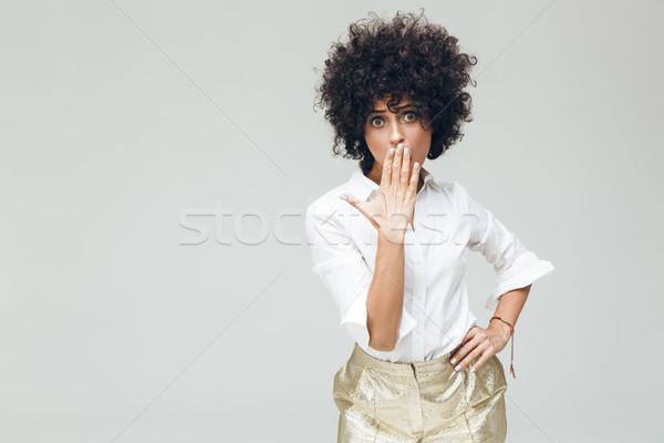 Megrémült retro nő póló kép fiatal Stock fotó © deandrobot