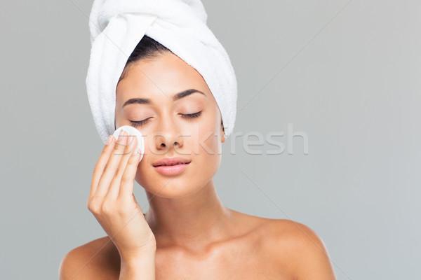 Vrouw handdoek hoofd schijf portret Stockfoto © deandrobot