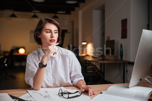 Foto stock: Pensativo · mulher · moda · estilista · sessão · trabalhando