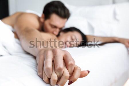 Stockfoto: Paar · leggen · witte · strand · bed