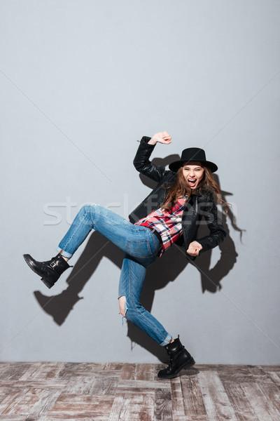Portret modieus aantrekkelijke vrouw hoed Stockfoto © deandrobot