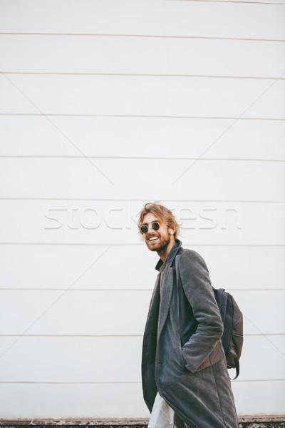 портрет улыбаясь бородатый человека Солнцезащитные очки Сток-фото © deandrobot