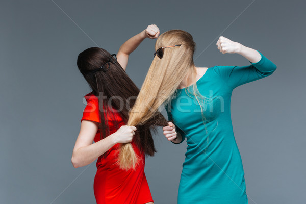 Stock fotó: Kettő · mérges · nők · fedett · arc · hosszú · haj